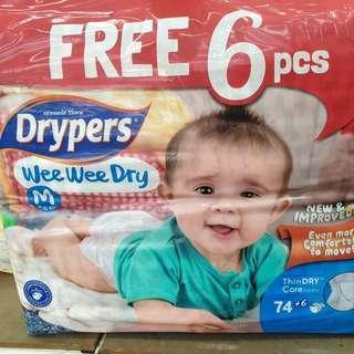 🚚 Drypers Wee Wee Dry Tape Diapers