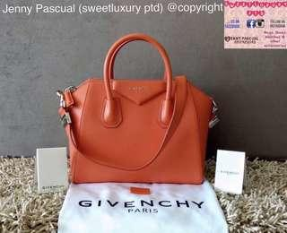 BRANDNEW GIVENCHY ANTIGONA SMALL (longer strap)