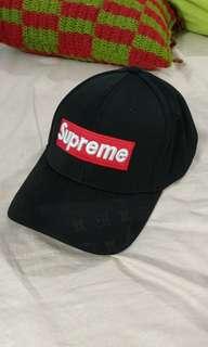 83c52a244a8 supreme lv wallet