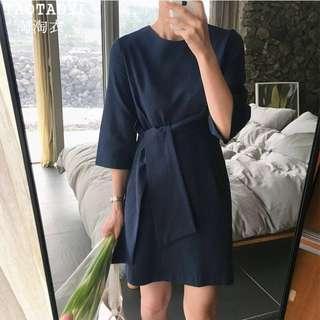 🚚 Leek Wrap Dress in Navy Blue
