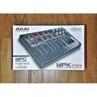 Akai MPK Mini mkII USB MIDI Controller Keyboard (Limited Ed - Full Black)