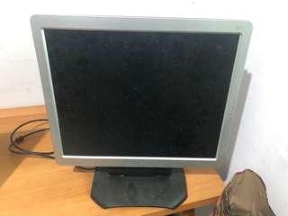 🚚 ViewSonic 17吋液晶螢幕 Q7