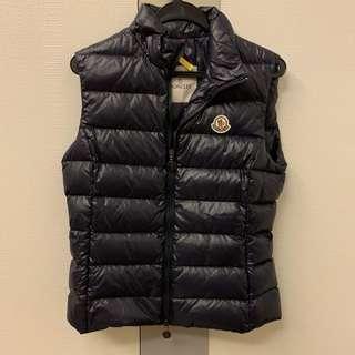 🚚 Moncler Winter Vest