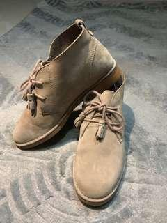 Boots Cream Color