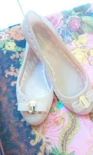 Sepatu salva