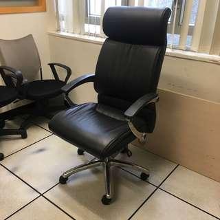黑色真皮大班椅 Executive Chair