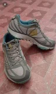 Columbia shoes