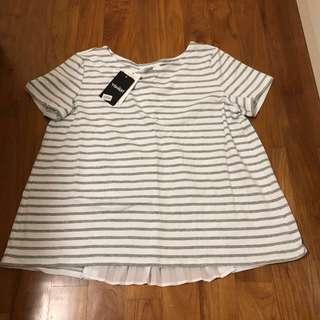 🚚 BN Yishion white grey stripes short sleeve flare blouse top with pleats