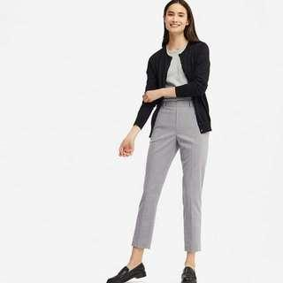 Uniqlo Ezy ankle pant warna grey size m