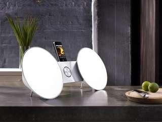 🚚 Bang & Olufsen BeoPlay A8 white