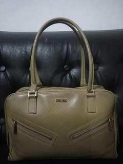 Hand Bag Gucci Authentic