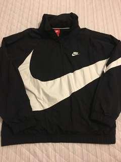 Nike 大勾半開襟