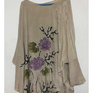 Exclusive Batik silk top with crysu