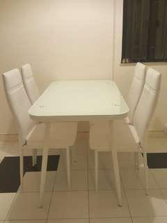 餐枱連椅 / Dining Table & chairs