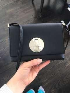 Kate Spade Small crossbody (Excellent Condition)