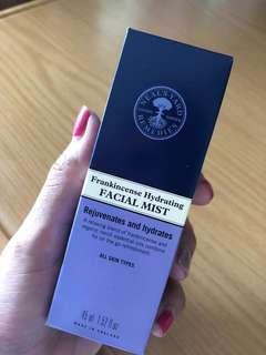 🚚 White Tea facial Mist
