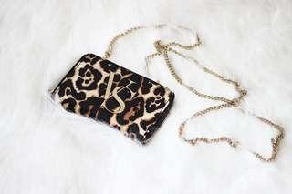 [全新!] Victoria's Secret 維多利亞的秘密 豹紋 小包 隨身包 可放手機 Iphone 6 7 8