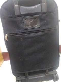 🚚 行李箱 大於運費