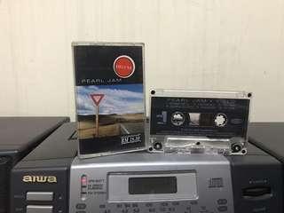 Kaset: Pearl Jam Deluxe
