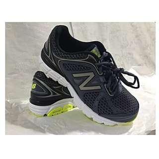 WTT/ WTS New Balance 565 Running Shoe US 7