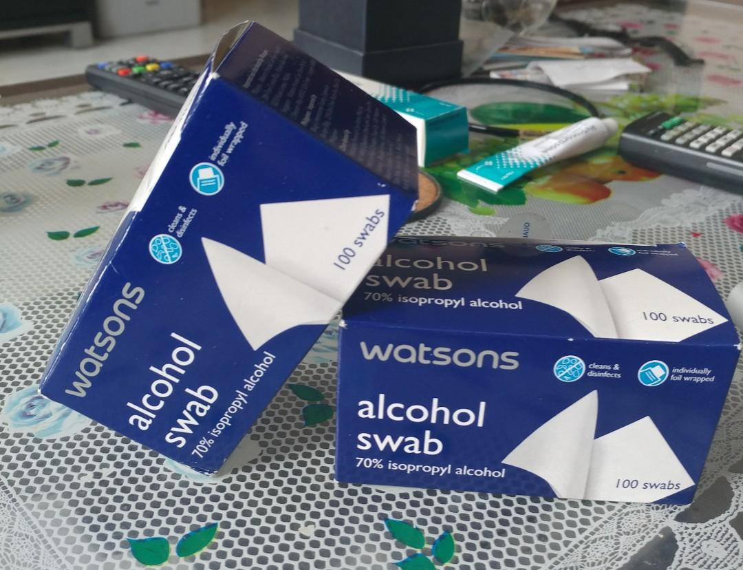 Alcohol swabs for wounds, Everything Else on Carousell