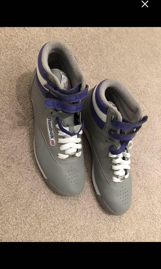 Brand new grey Reebok running shoes women's size 6