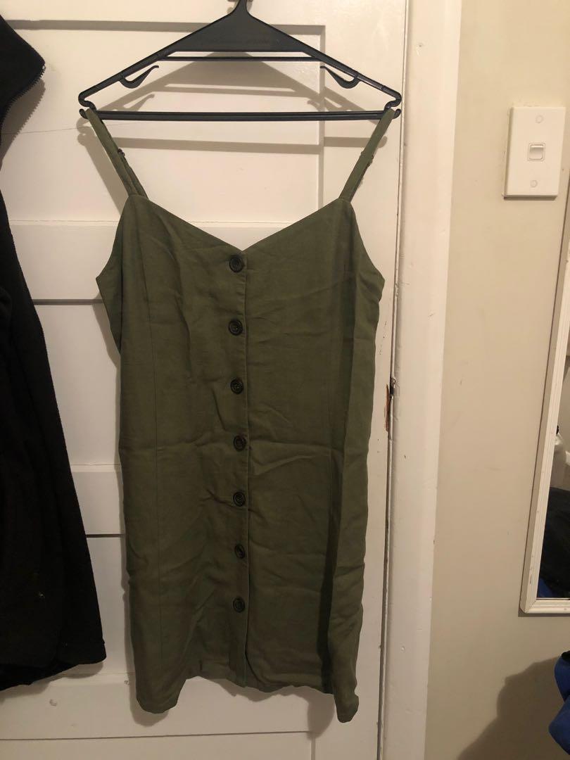 Green button up dress