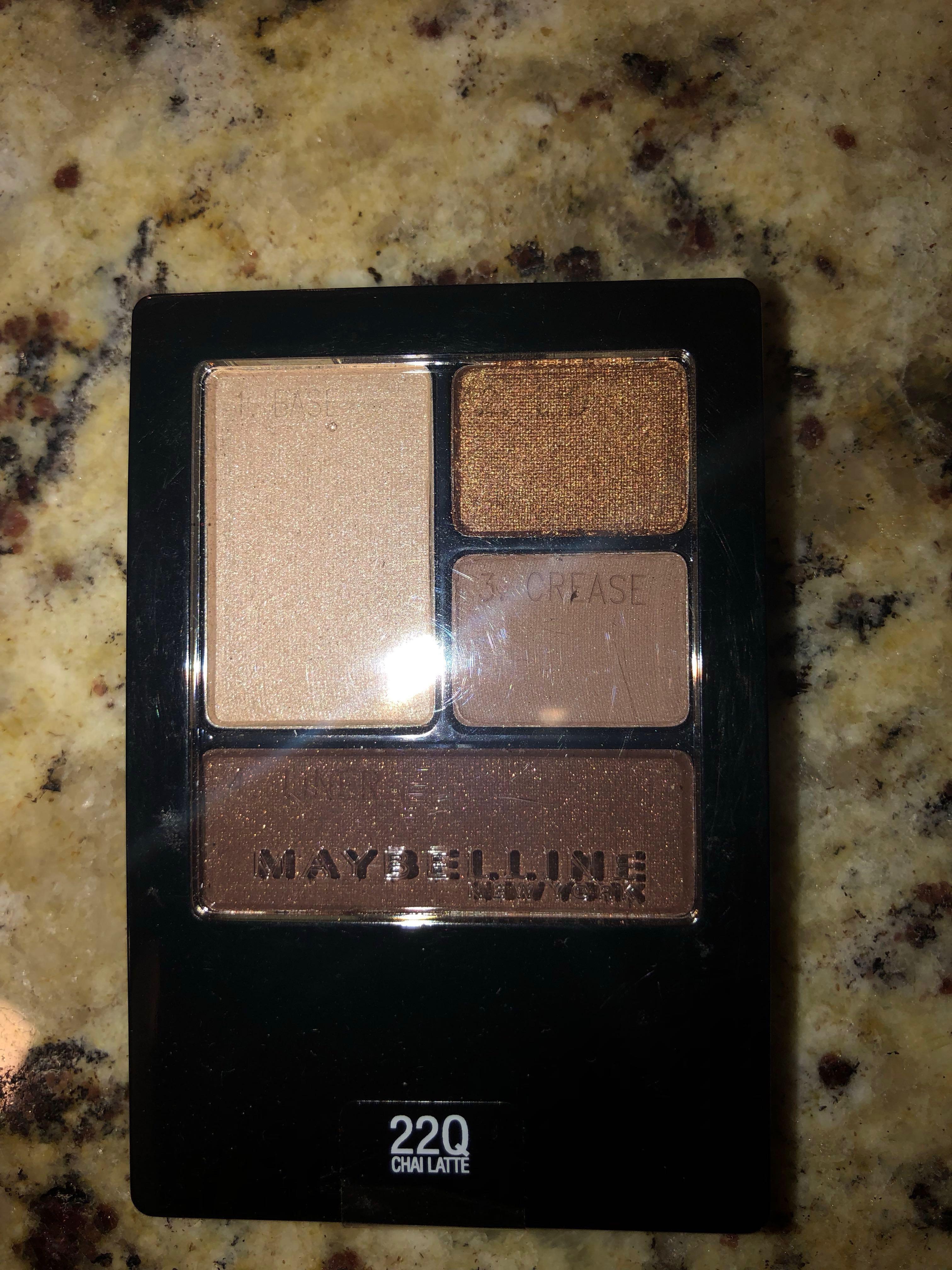 Maybelline Chai Latte mini starter eyeshadow pallette
