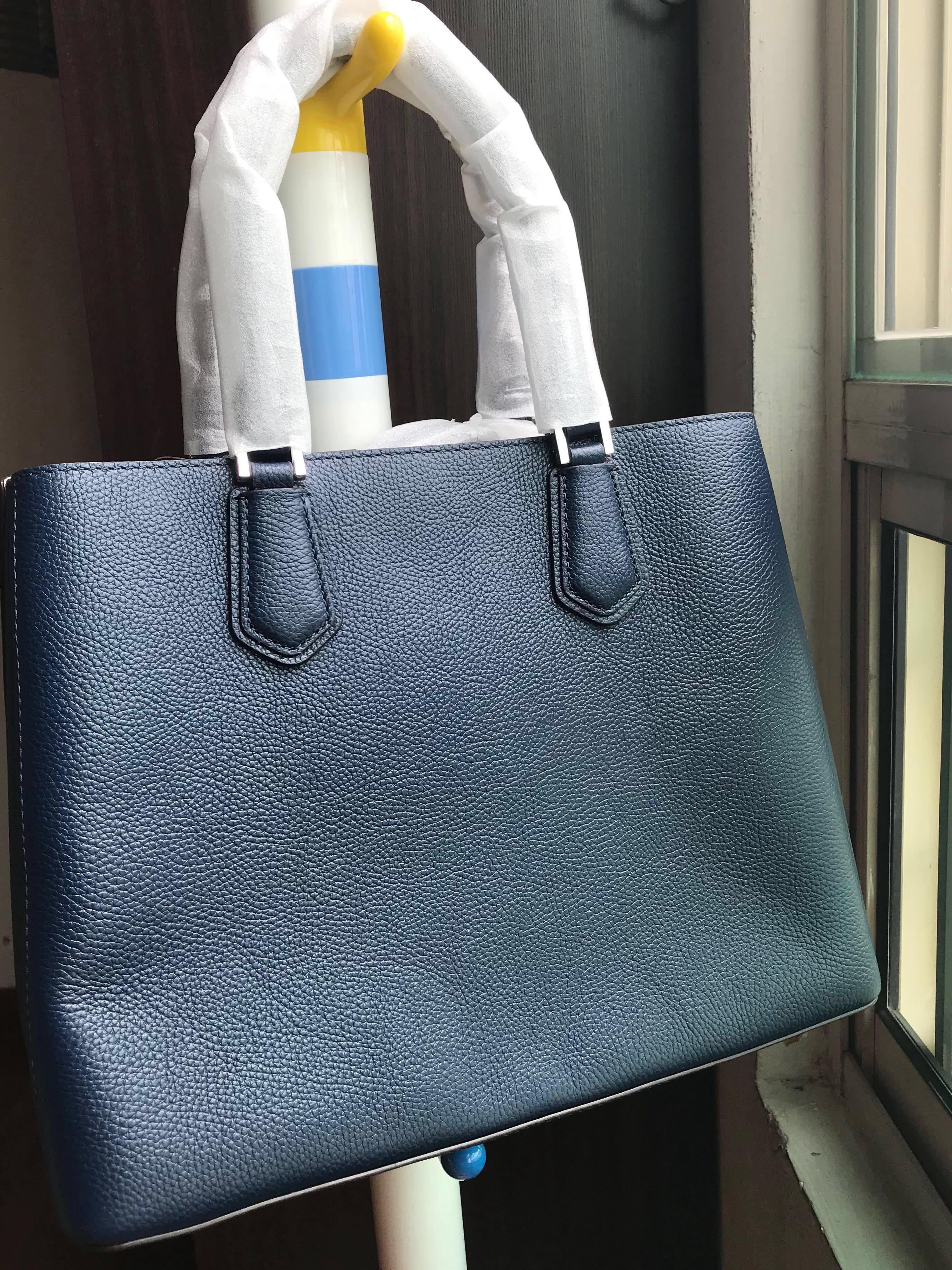 27dcd8aec149 🛍Michael Kors Ladies Leather Handbag 🔆 sale