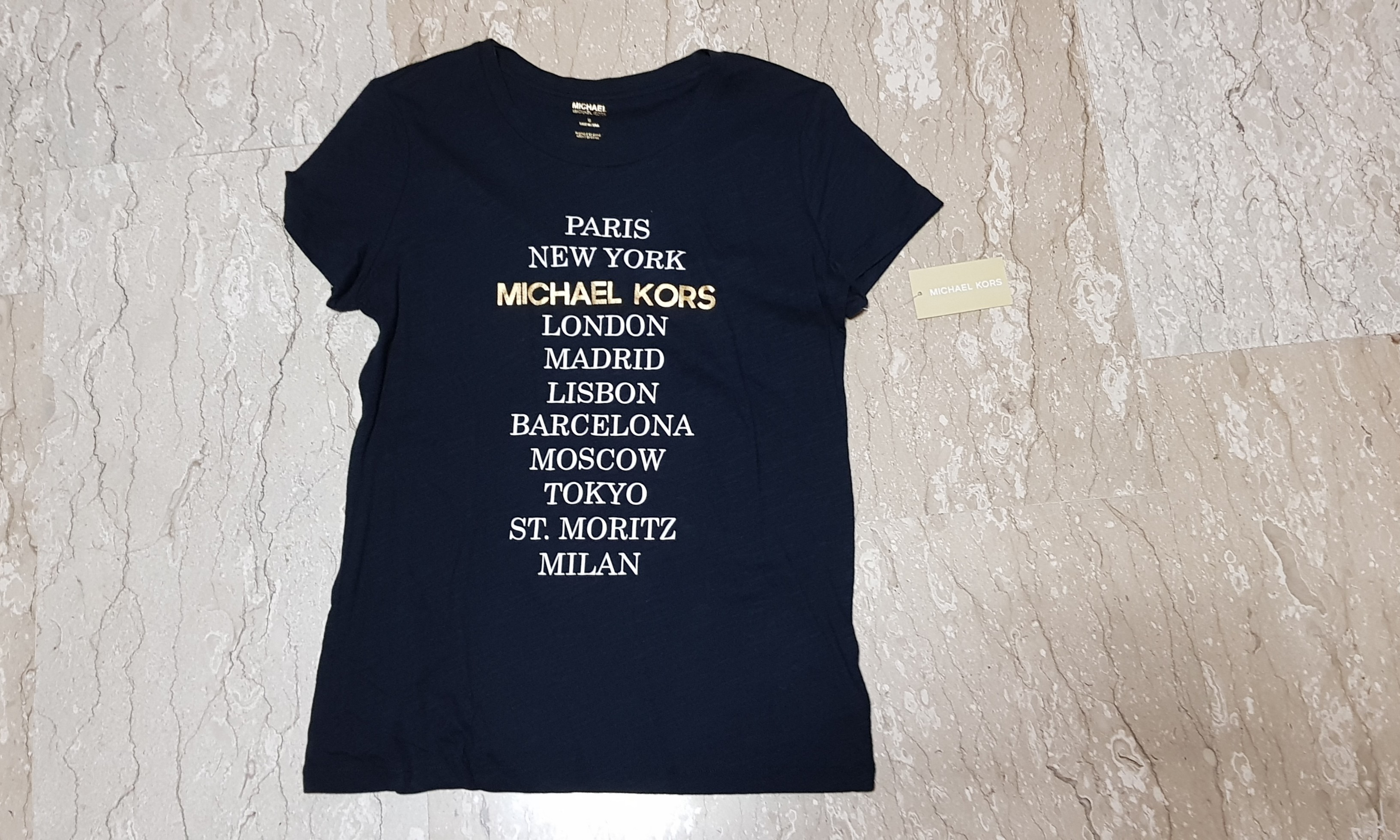 874e1d76 Michael Kors T-shirt, Women's Fashion, Clothes, Tops on Carousell