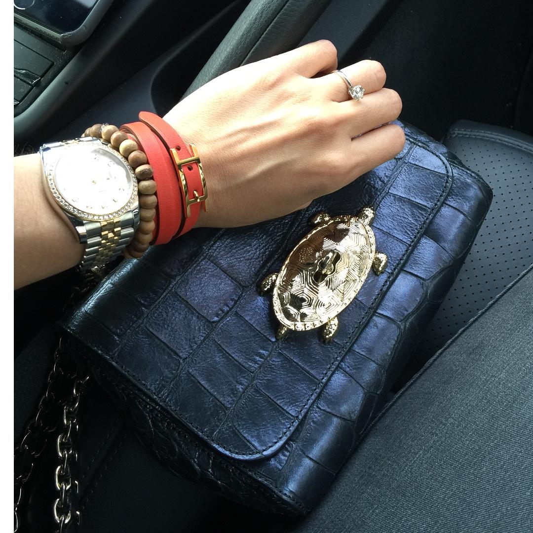 6fed23302f74 MULBERRY Lily croc embossed shoulder handbag with gold hardware ...