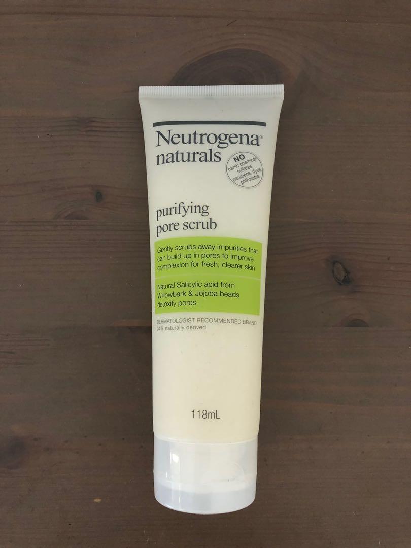 Neutrogena Naturals Pore Scrub