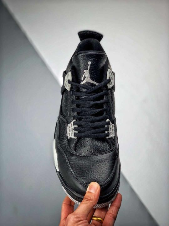 "sports shoes ff952 c33f5 Nike Air Jordan 4 ""Oreo"" Retro, Men s Fashion, Footwear, Sneakers on  Carousell"