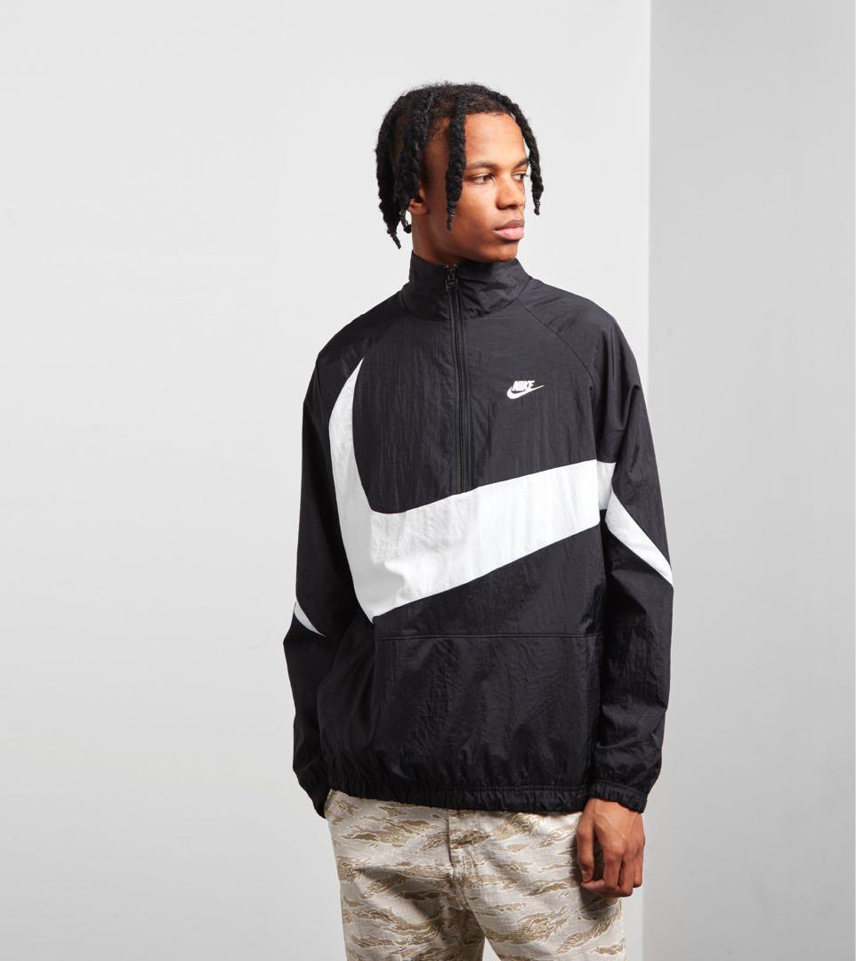 f83b9dae4db7 Nike Swoosh Half Zip Jacket SIZE M  200