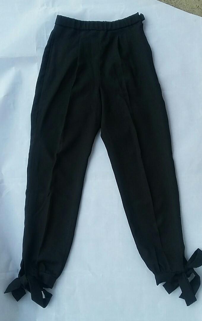 Preloved Mosscrepe Pants only 80k!