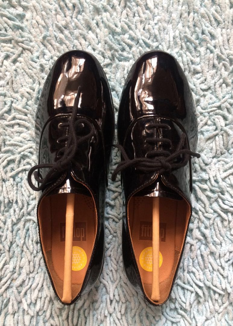 903988c3cdfe REPRICED‼️Fitflop F-Pop Oxford (patent) ALL BLACK