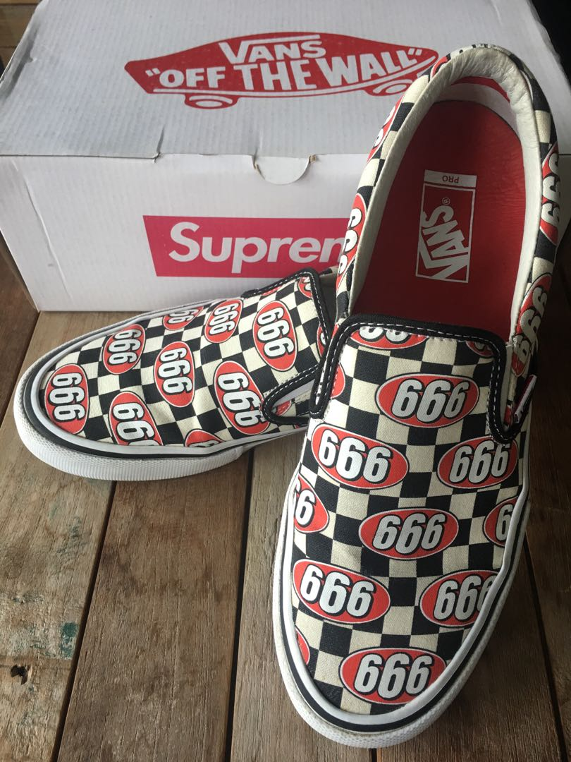 056e20aaed supreme X Vans slip on 666 size US10.5
