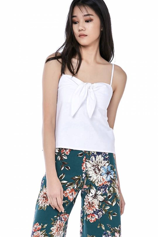 32a98b3396d34f TEM Meara Front Tie crop top, Women's Fashion, Clothes, Tops on Carousell