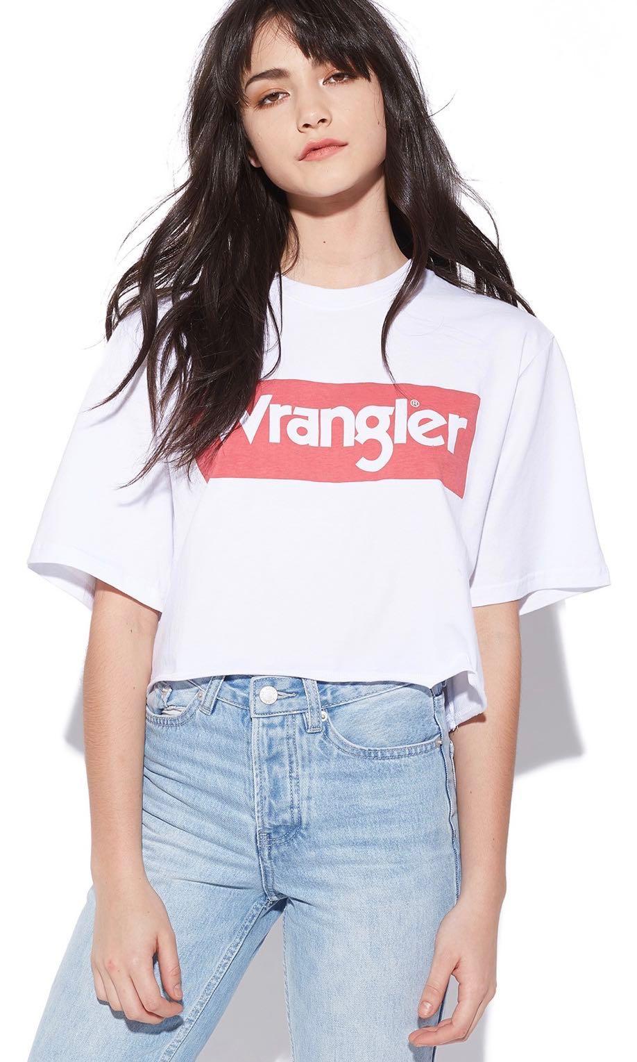 45f90f182c9 Wrangler boyfriend crop tee 6 white/navy, Women's Fashion, Clothes ...