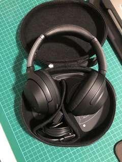 Sony XM3 headphone