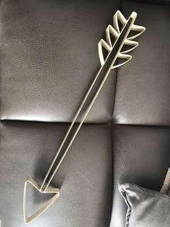 Decor arrow