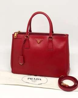Prada BN2247 Saffiano Lux 33cm Red Rosso 2013 Preloved Excellent