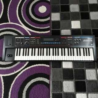 Synthesizer Roland Juno Di