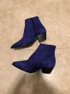 L'intervalle Electric Blue Suede Booties