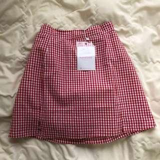 red check / gingham mini skirt