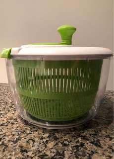Cuisinart salad spinner (Large)