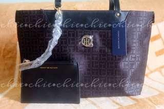 Tommy Hilfiger Tote Bag w/ Pouch