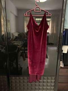 🚚 BOOHOO velvet dress