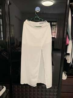 🚚 THE TINSEL RACK white sheer skirt