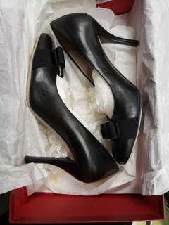 女神鞋Salvatore Ferragamo Black 80% new High Heels